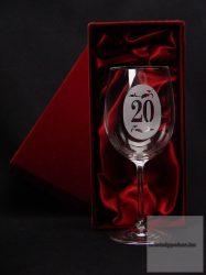 Borospohár 20. születésnapra díszdobozban